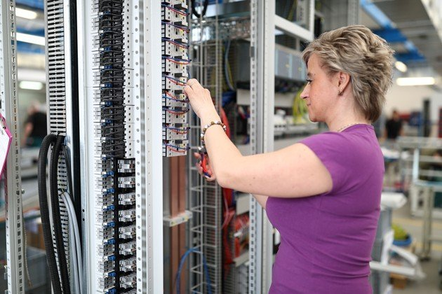 Find the best partner in custom-made electric switchgear equipment production with SencoPB.